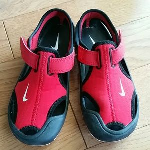 Nike  Sunray Protect kids water shoes